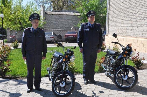 Участковые милиционеры Николаевщины будут патрулировать свои районы на мотороллерах (ФОТО) (фото) - фото 3