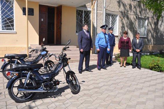 Участковые милиционеры Николаевщины будут патрулировать свои районы на мотороллерах (ФОТО) (фото) - фото 1