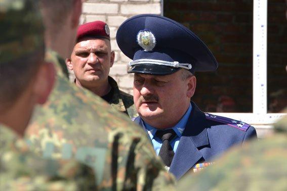 Сьогодні львівські правоохоронці вкотре виїхали на Схід (ФОТОРЕПОРТАЖ) (фото) - фото 1