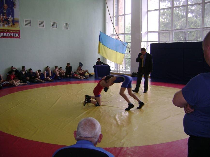 Димитровский спортсмен стал бронзовым призером Всеукраинского турнира по вольной борьбе (ФОТО) (фото) - фото 3