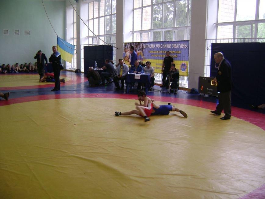 Димитровский спортсмен стал бронзовым призером Всеукраинского турнира по вольной борьбе (ФОТО) (фото) - фото 2
