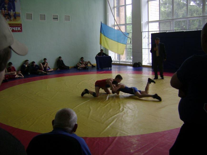 Димитровский спортсмен стал бронзовым призером Всеукраинского турнира по вольной борьбе (ФОТО) (фото) - фото 5