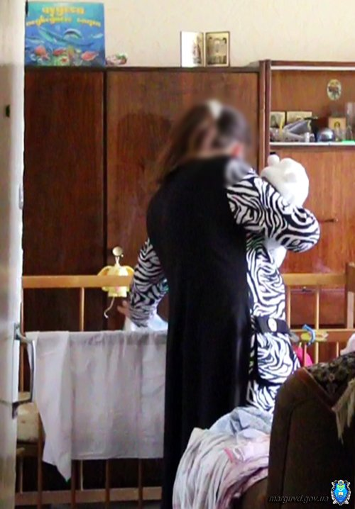 Мариупольчанка оставила младенцев в закрытой квартире (ФОТО), фото-3