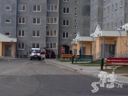 В Гродно на Ольшанке с десятого этажа упал 19-летний парень (фото) - фото 1