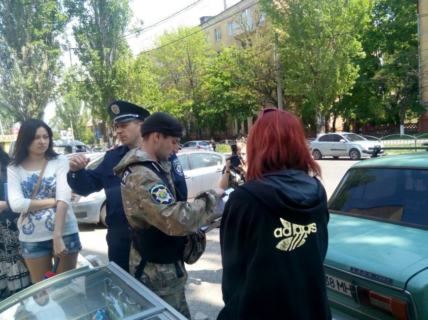 Мариупольским журналистам показали, как милиция борется со стихийной торговлей (ФОТО), фото-2