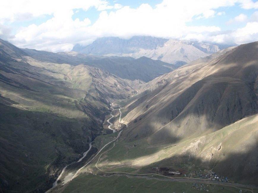 Белореченский флаг развивался в горах Кабардино-Балкарии (фото) - фото 1