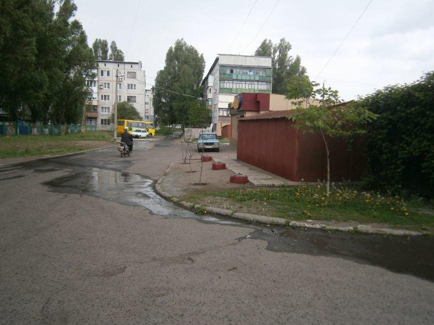 М-н «Светлый» затапливает канализацией, а Новатор – водой, или что не дает Димитровскому водоканалу своевременно устранять порывы (фото) - фото 4