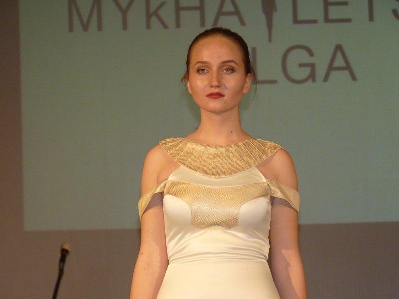 Молоді дизайнери зі всієї України презентували свої колекції у Тернополі (фото) (фото) - фото 1