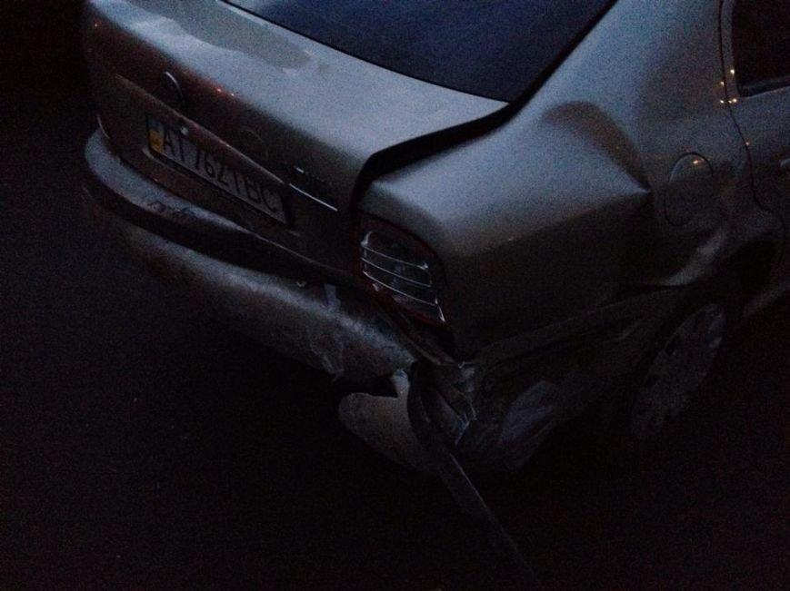 Не розминулись на дорозі: перелом носа і побиті автівки (ФОТО), фото-2