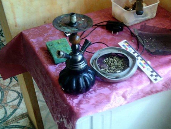 На Кіровоградщині правоохоронці викрили наркопритон. ФОТО (фото) - фото 1