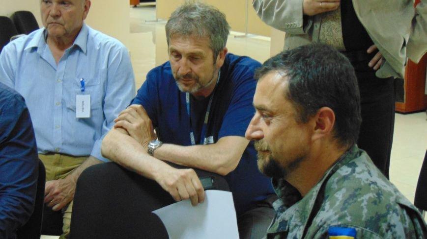 Мариупольские общественники разъяснили ОБСЕ свою позицию по демилитаризации Широкино (ФОТО) (фото) - фото 1