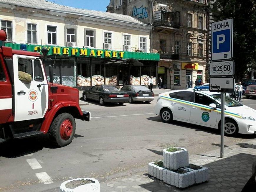 Одесская милиция оцепила Греческую (фото) - фото 1