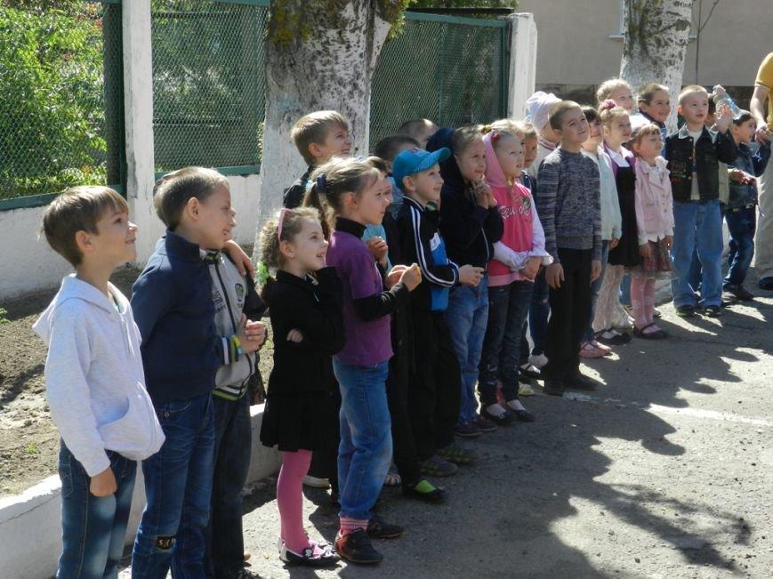 К херсонских спасателей на экскурсию приехали дети (фото) - фото 1