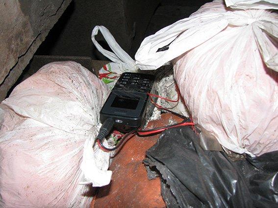На ж/д перегоне «Николаевка-Богуслав» обнаружили взрывное устройство (фото) - фото 1