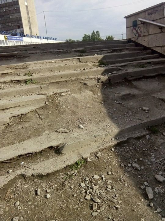 Чому ЛАЗ не ремонтує підземний перехід на Стрийській (фото) - фото 2