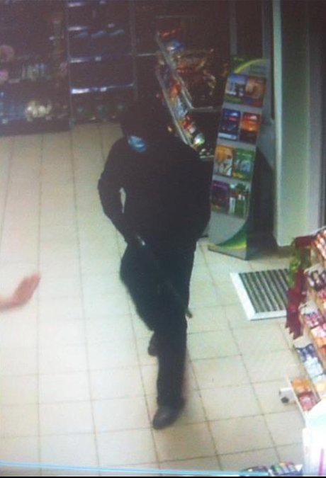 На Николаевщине дерзко ограбили АЗС (ВИДЕО) (фото) - фото 1