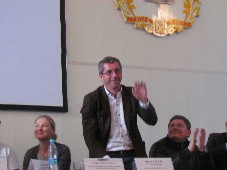 Депутаты ЕС пообщались с мариупольскими студентами (ФОТО), фото-8