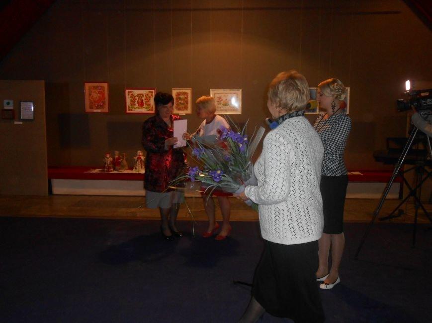 Музейные работники Днепродзержинска отмечают Международный день музеев (фото) - фото 7