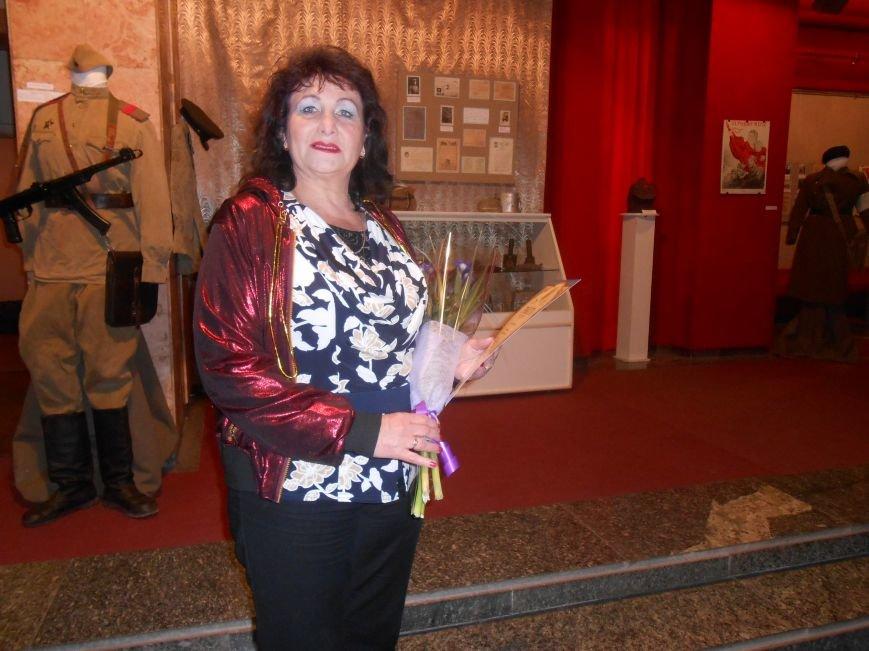 Музейные работники Днепродзержинска отмечают Международный день музеев (фото) - фото 10