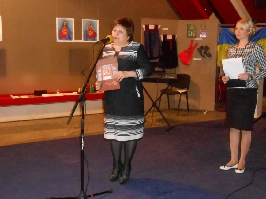 Музейные работники Днепродзержинска отмечают Международный день музеев (фото) - фото 11