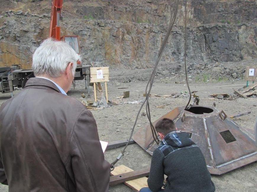 Под Мариуполем испытали новое огневое сооружение (ФОТО) (фото) - фото 1