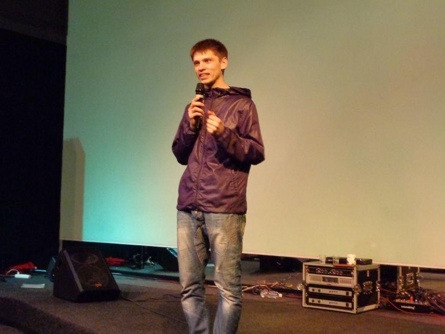 «Я ВЫБИРАЮ ЖИТЬ»: в Красноармейске прошел благотворительный концерт MC Вэла (фото) - фото 13