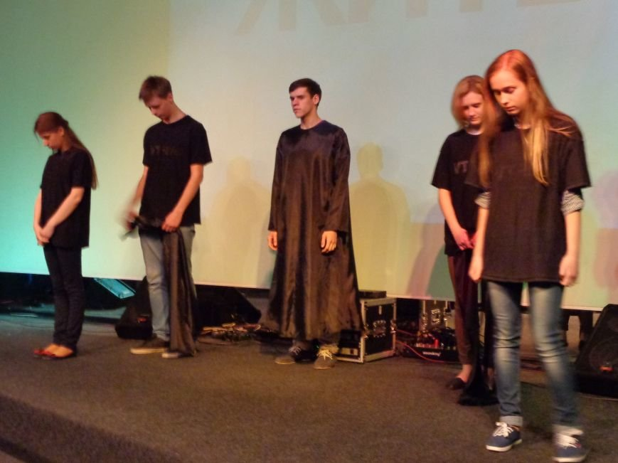 «Я ВЫБИРАЮ ЖИТЬ»: в Красноармейске прошел благотворительный концерт MC Вэла (фото) - фото 11