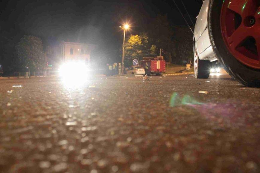 ДТП в Сумах: «семерка» проехала на красный, врезалась и перевернулась (ФОТО), фото-6