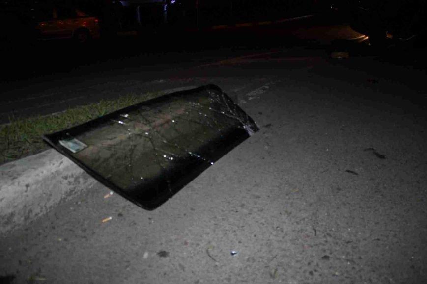 ДТП в Сумах: «семерка» проехала на красный, врезалась и перевернулась (ФОТО), фото-13