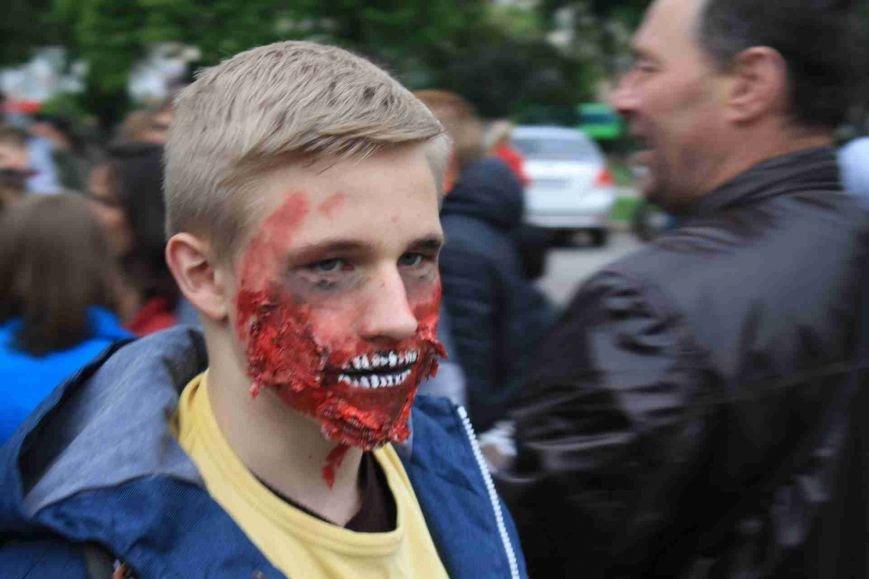 Сумчане встретили День Европы «зомби-апокалипсисом» (ФОТООТЧЕТ), фото-3