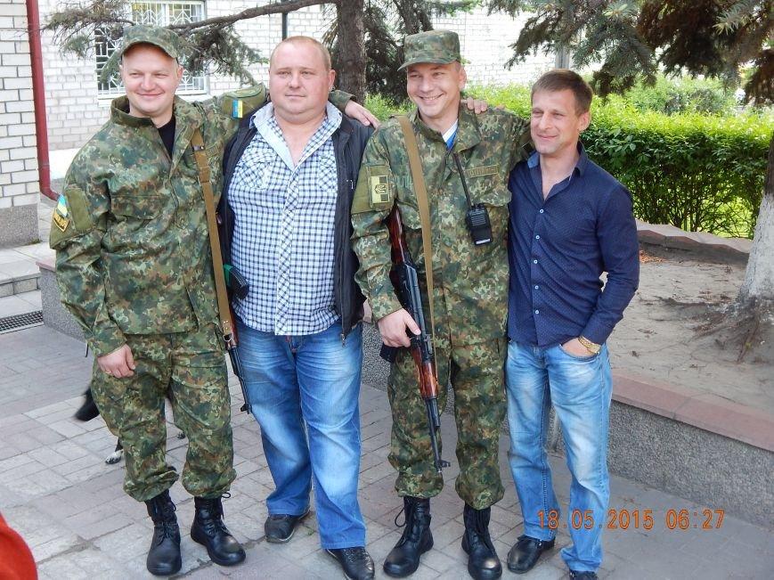 Днепродзержинские милиционеры отправились в АТО (фото) - фото 2