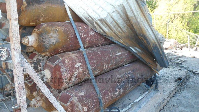 Поседствия взрыва на горловской автозаправке (фото) (фото) - фото 2