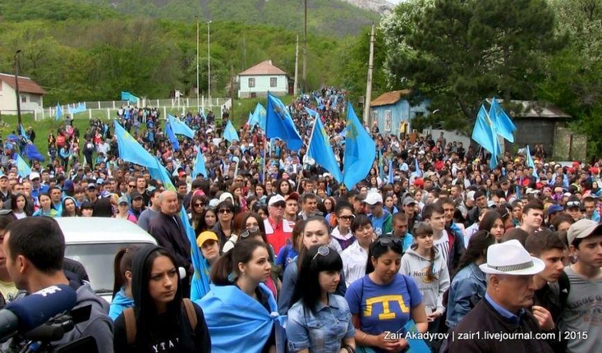 Накануне Дня депортации более 3 тысяч крымских татар поднялись на Чатыр-Даг, скандируя «Народ! Родина! Крым!» (ФОТОРЕПОРТАЖ), фото-3
