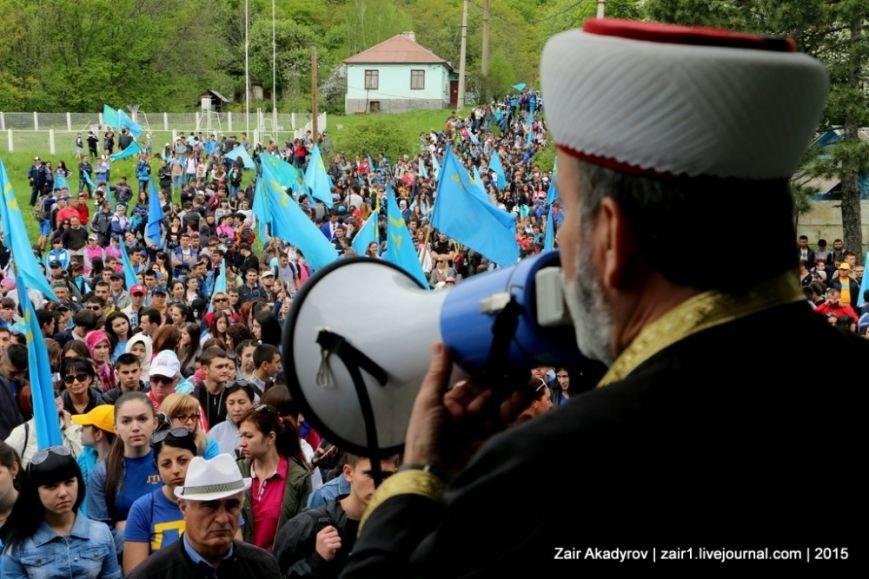 Накануне Дня депортации более 3 тысяч крымских татар поднялись на Чатыр-Даг, скандируя «Народ! Родина! Крым!» (ФОТОРЕПОРТАЖ), фото-4