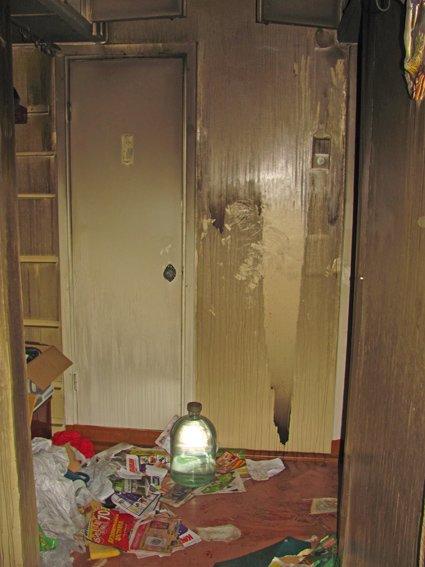 Самогон, вбивство, пограбування: у Житомирі правоохорнці затримали вбивць 68-річної жінки (фото) - фото 1