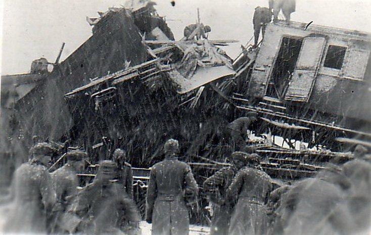 После одного подрыва на железной дороге отрядом Молодцова-Бадаева в ноябре 41-го