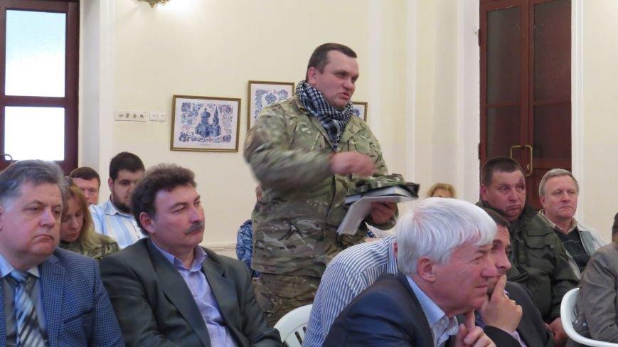 Мэр Мариуполя признал, что недорабатывает в оказании помощи пострадавшим на «Восточном» (ФОТО), фото-5