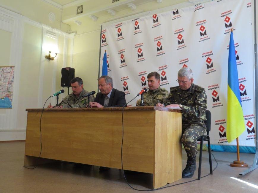 Мэр Мариуполя признал, что недорабатывает в оказании помощи пострадавшим на «Восточном» (ФОТО), фото-1