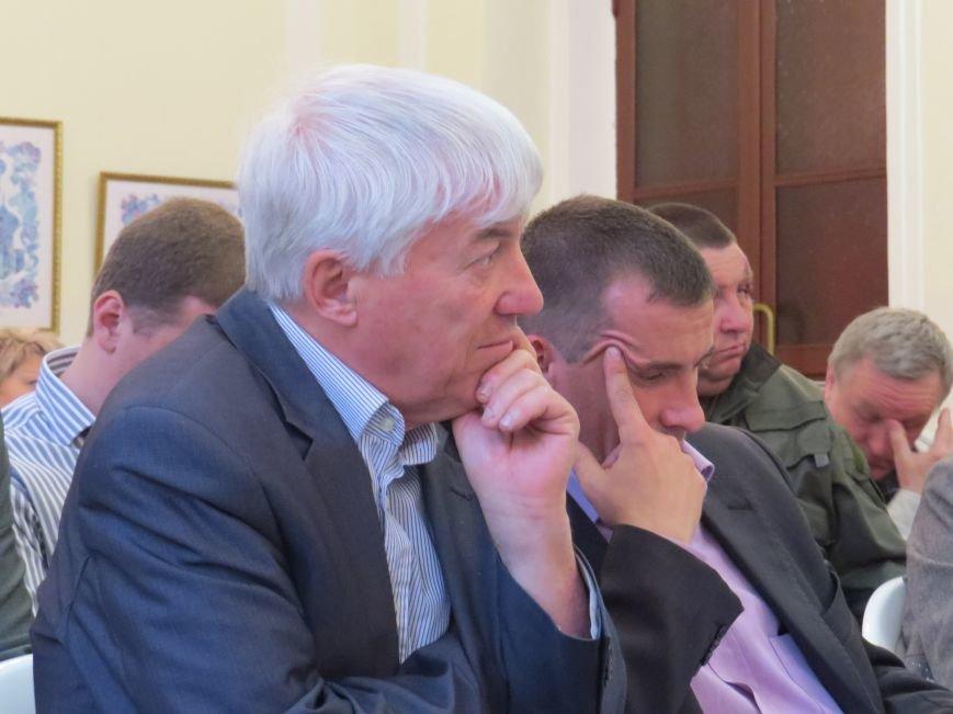 Мэр Мариуполя признал, что недорабатывает в оказании помощи пострадавшим на «Восточном» (ФОТО), фото-4