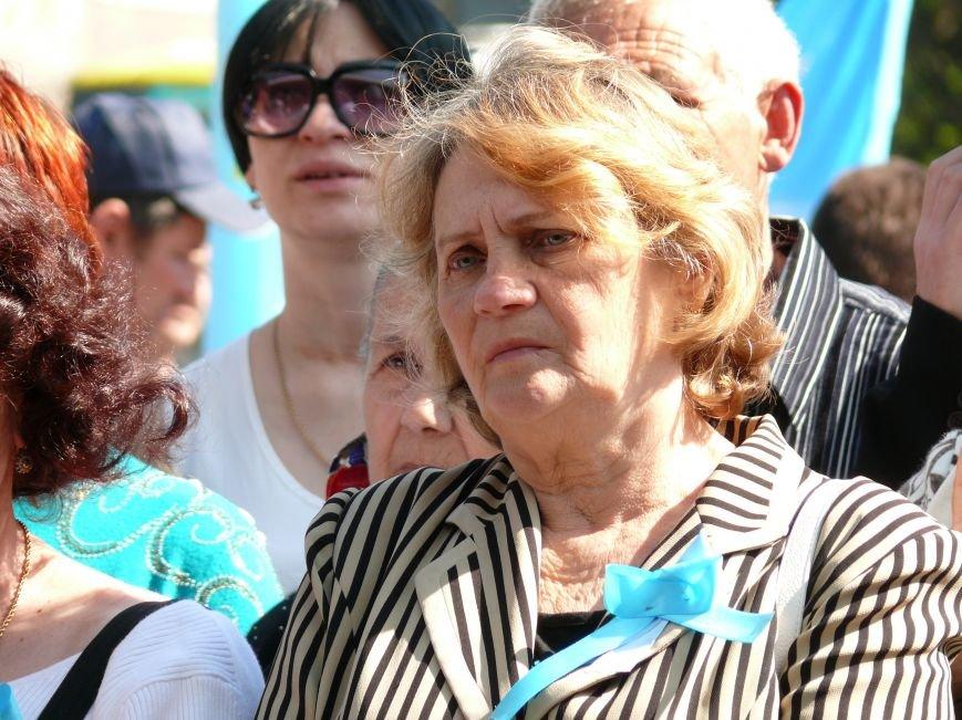На автовокзале Ялты открыли мемориальную доску в память о жертвах депортации (ФОТО) (фото) - фото 5
