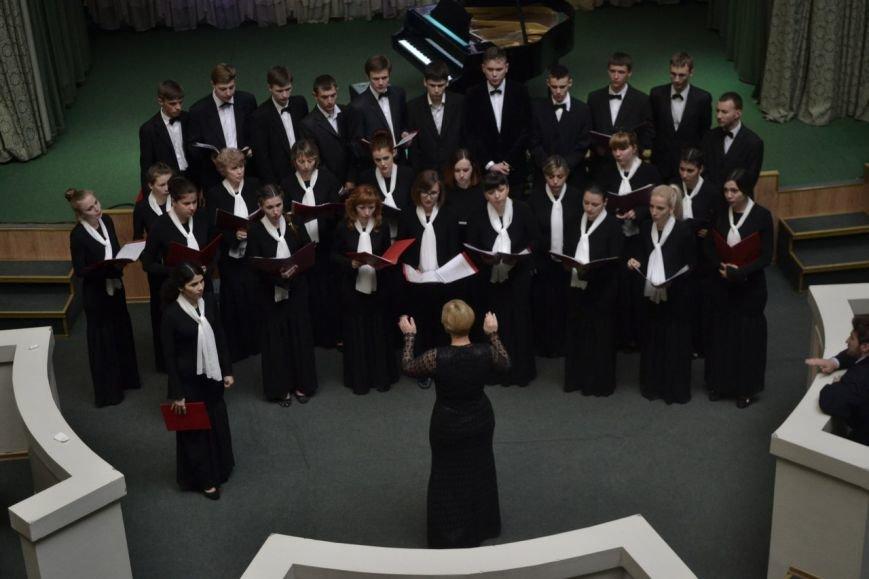 Днепродзержинский хор «Cantabile» стал призером международного фестиваля «Victoria» (фото) - фото 5