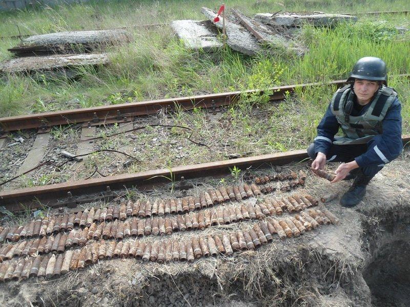 В Днепровском районе рабочие нашли 237 артснарядов времен войны (ФОТО) (фото) - фото 1