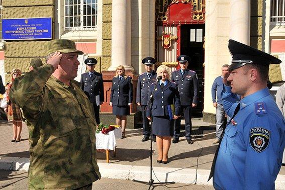 Прикарпатські правоохоронці повернулися з Маріуполя з подяками за добросовісну службу (ФОТО) (фото) - фото 1