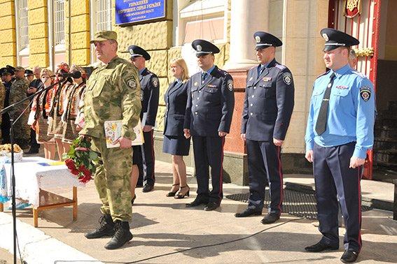Прикарпатські правоохоронці повернулися з Маріуполя з подяками за добросовісну службу (ФОТО) (фото) - фото 2