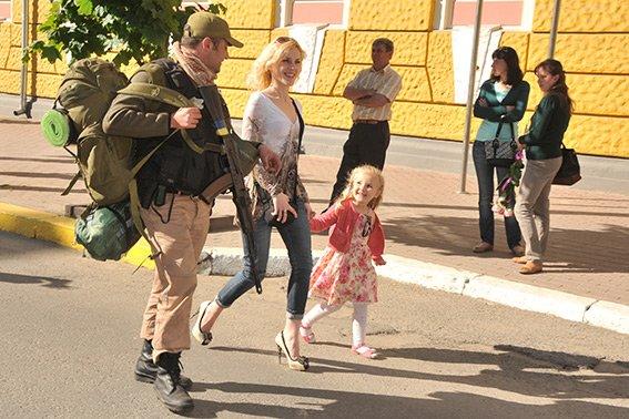 Прикарпатські правоохоронці повернулися з Маріуполя з подяками за добросовісну службу (ФОТО) (фото) - фото 9