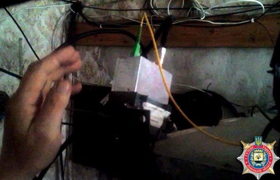 В Мариуполе задержаны кибер-преступники (ФОТО) (фото) - фото 1