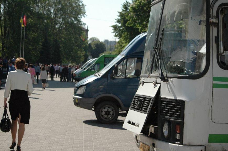 Подробности митинга маршрутчиков в Запорожье: водители выступили против нового начальства, поборов и мэра (ФОТОРЕПОРТАЖ), фото-19