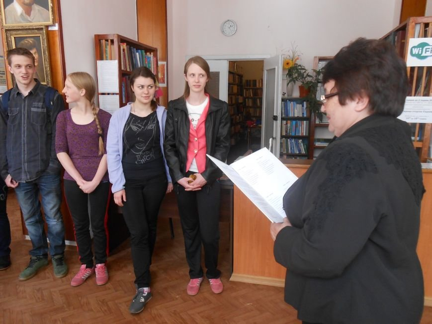 В Днепродзержинске представили европейскую выставку (фото) - фото 8