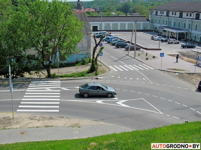 На перекрестке Белуша и Подольная изменилась организация движения (фото) - фото 2