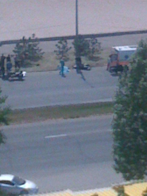 Авария в Запорожье унесла жизнь 42-летнего мотоциклиста (ФОТО) (фото) - фото 1